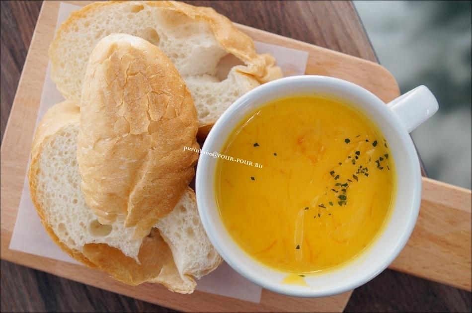 26濃湯與麵包1
