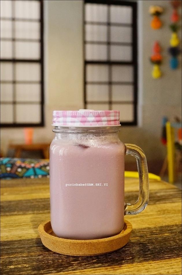 31藍莓果鮮奶花茶