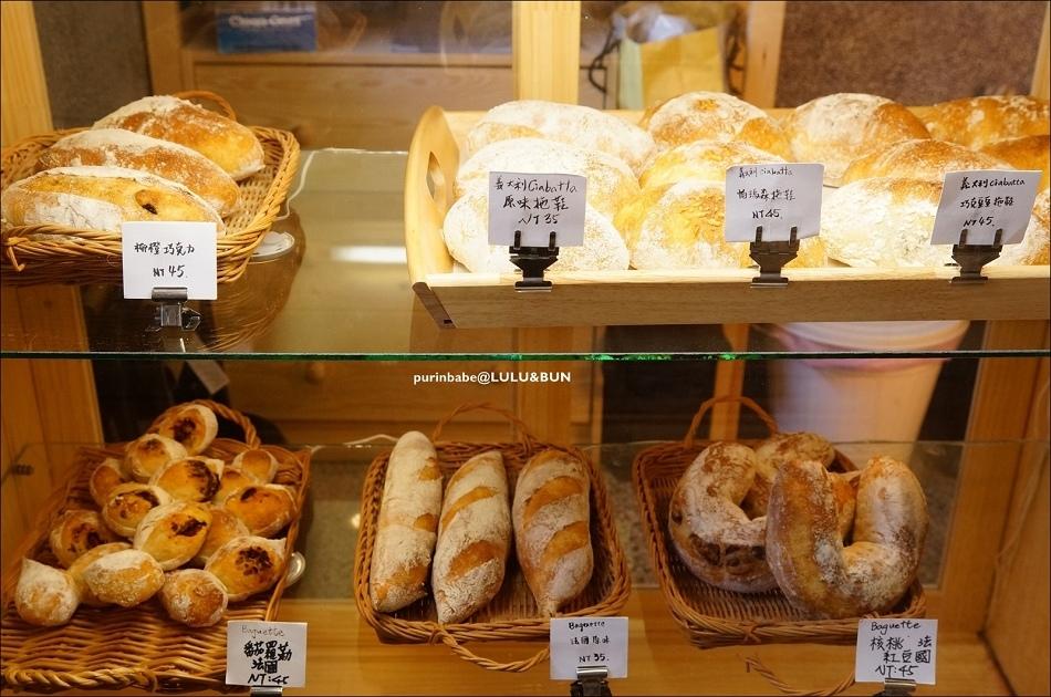 25麵包櫃