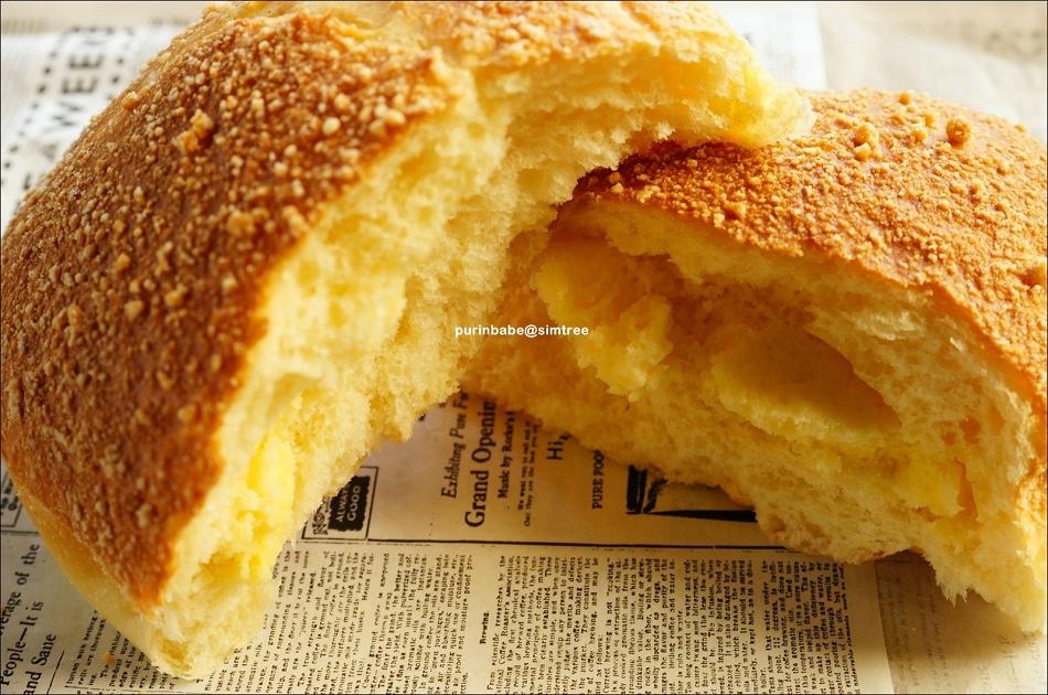 39鄉村奶酥麵包斷面