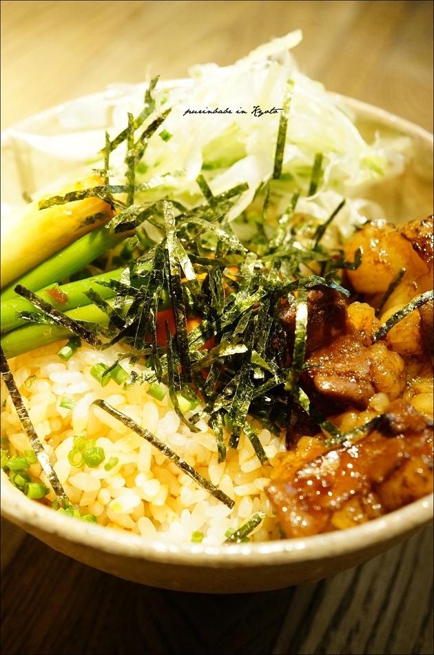 17牛腸丼1