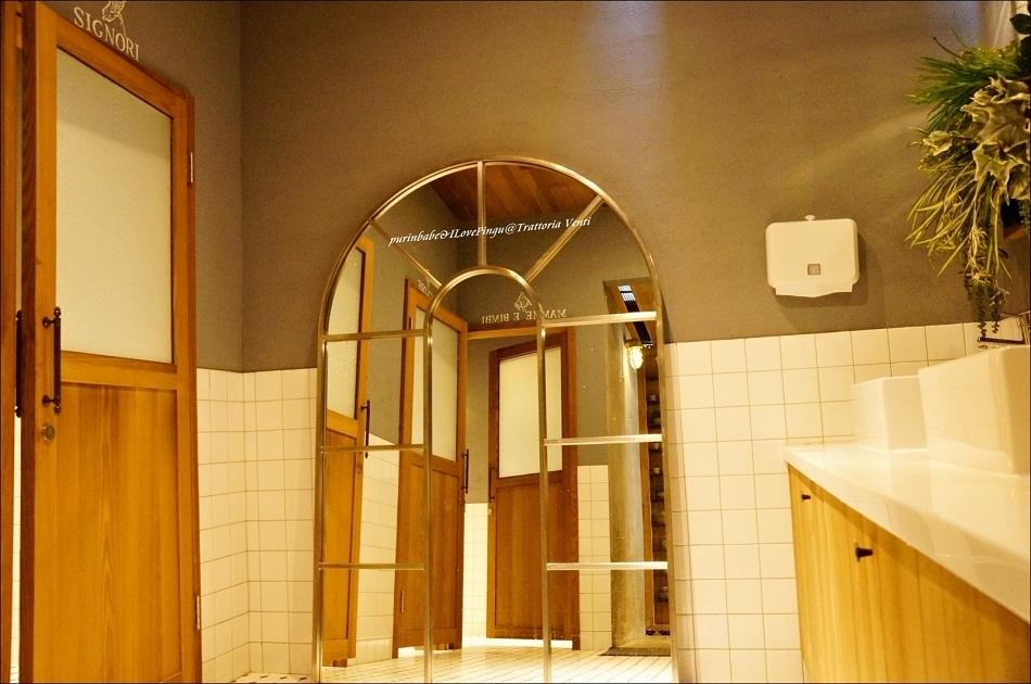 14廁所1