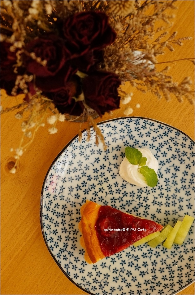 24紅莓乳酪蛋糕1