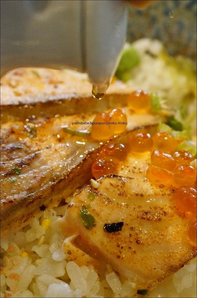 28炙燒鮭魚親子丼