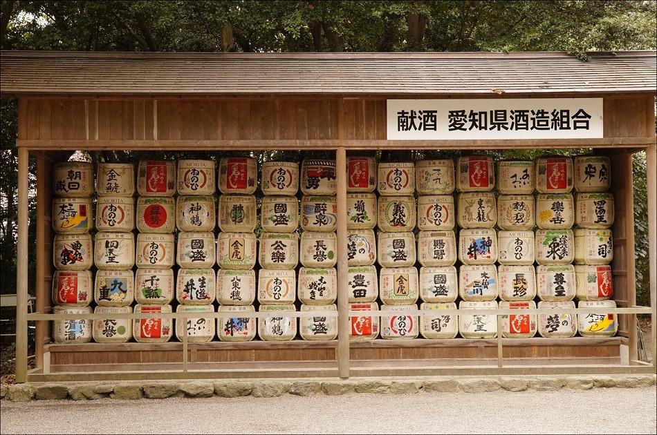 28熱田神宮一隅2