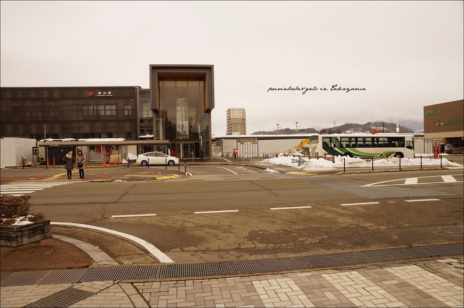 2JR高山車站與濃飛巴士中心