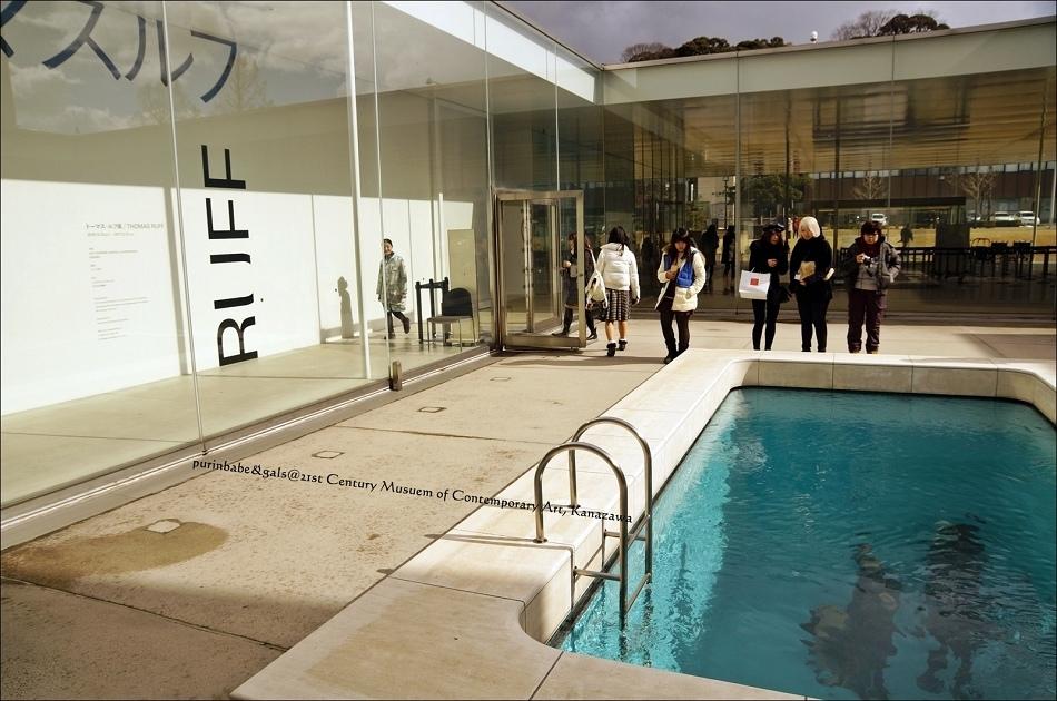 23游泳池2