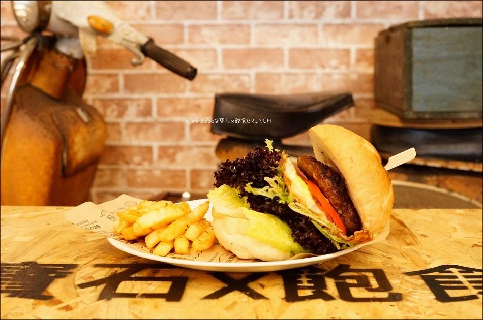 23手工牛排漢堡1