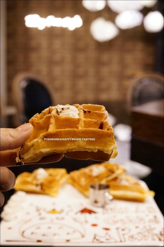 24蜂蜜鮮奶油鬆餅