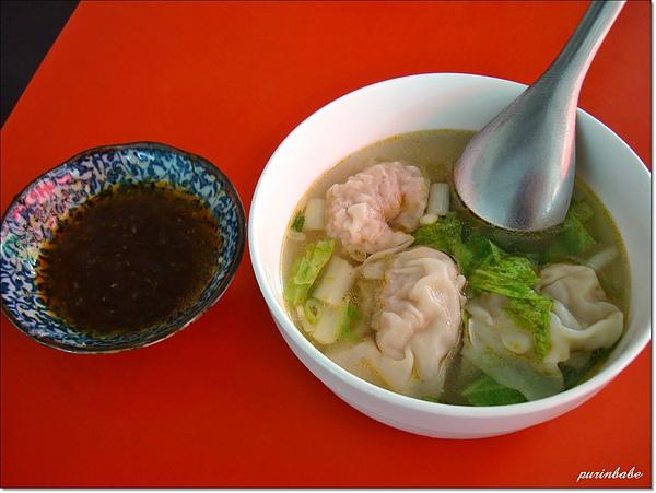 15餛飩湯與醬油膏.JPG