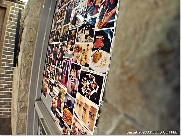 14牆上照片.JPG