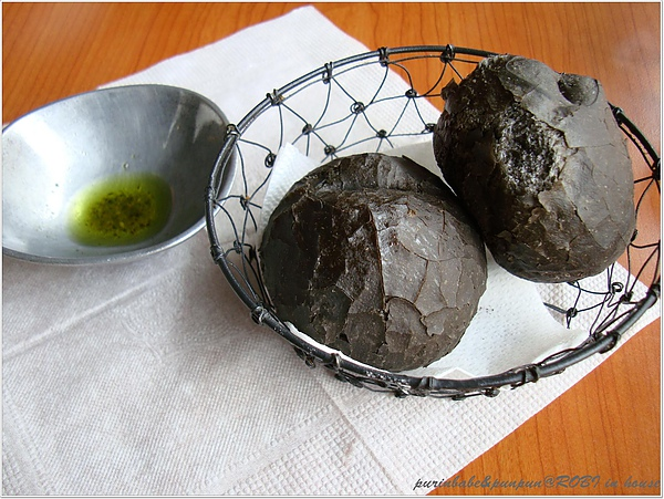 23墨魚麵包.JPG