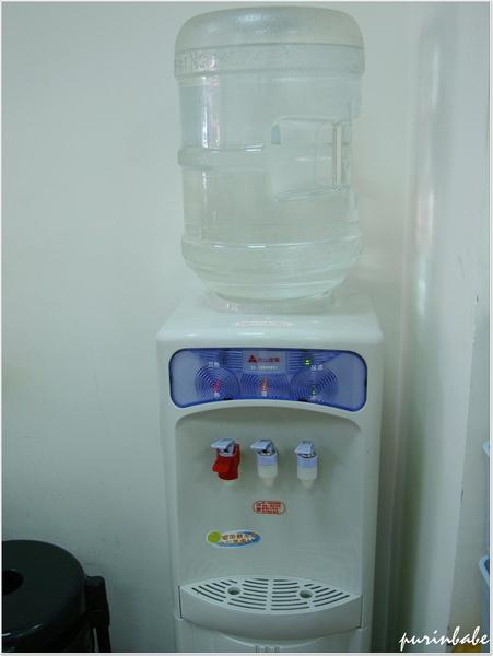 7飲水機.JPG