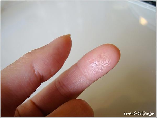 22手指照.jpg