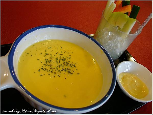8濃湯與蔬菜棒.jpg