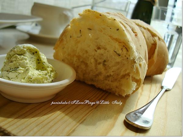 15麵包.jpg