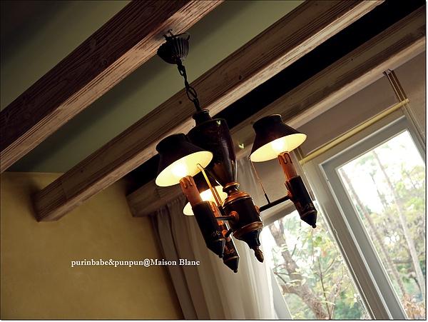 10吊燈.jpg