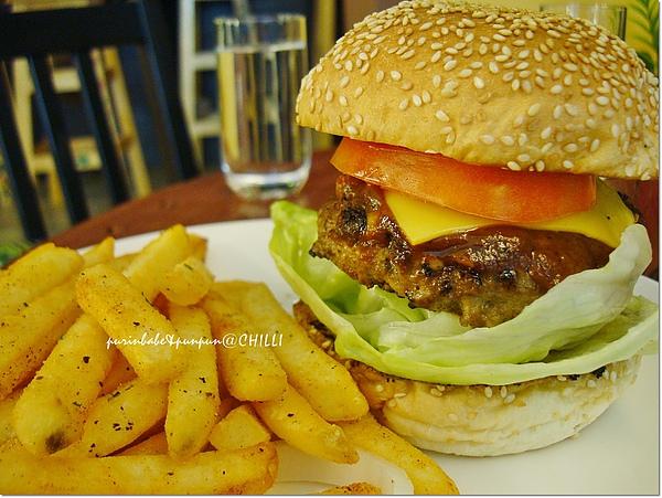 24合體漢堡.jpg