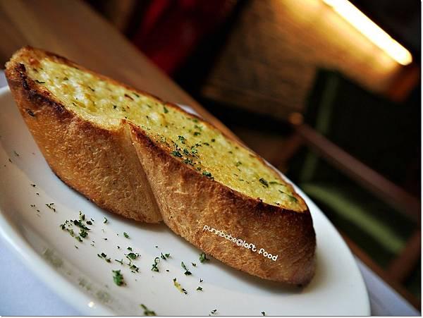 22香蒜麵包.JPG