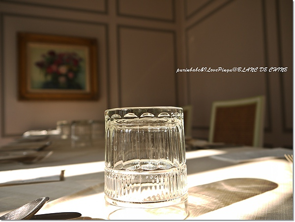 11水杯光影.jpg