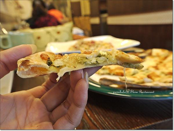 21披薩側面.jpg