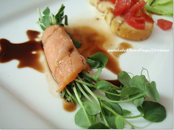15鮭魚捲.jpg