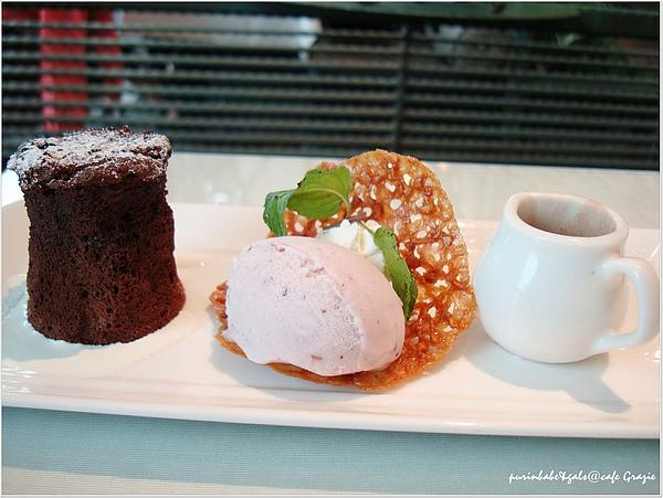 15巧克力蛋糕.jpg
