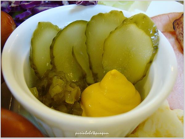 16醃黃瓜.jpg