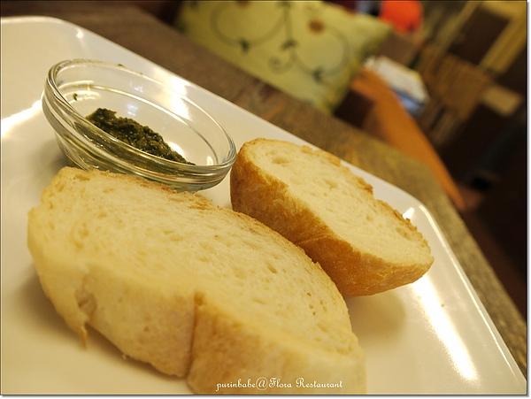 16麵包.jpg