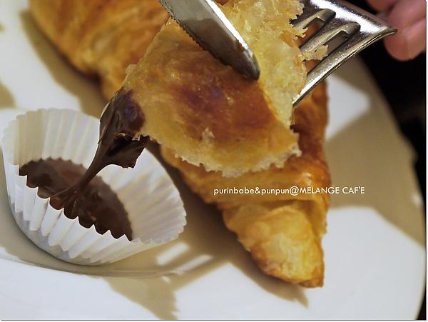 18可頌加巧克力.jpg