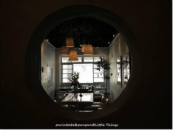 13圓窗.JPG