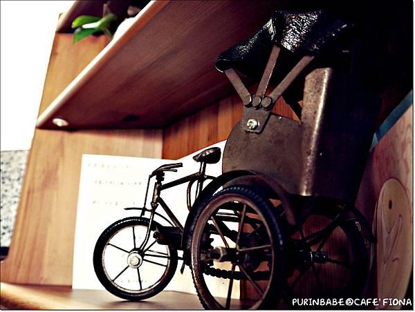 11裝飾三輪車.JPG