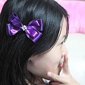 紫色蝴蝶結