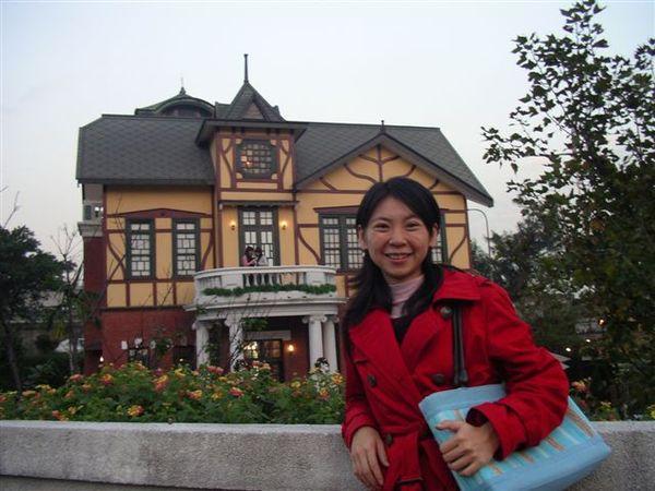 台北故事館全貌(路邊就可以看到囉)