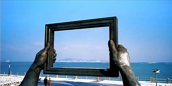 57威海海滨雕塑