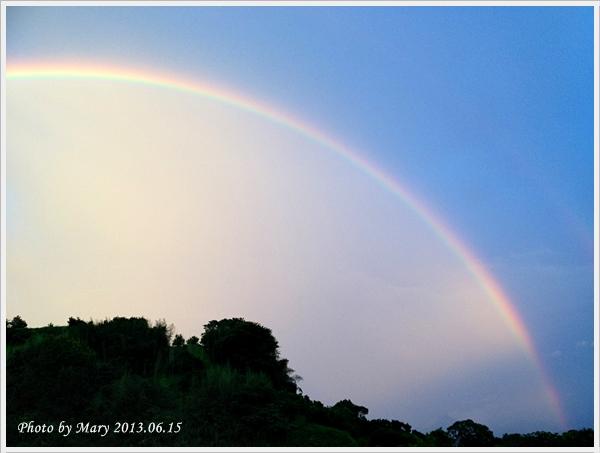 201306.15峨眉柑橘園彩虹-2