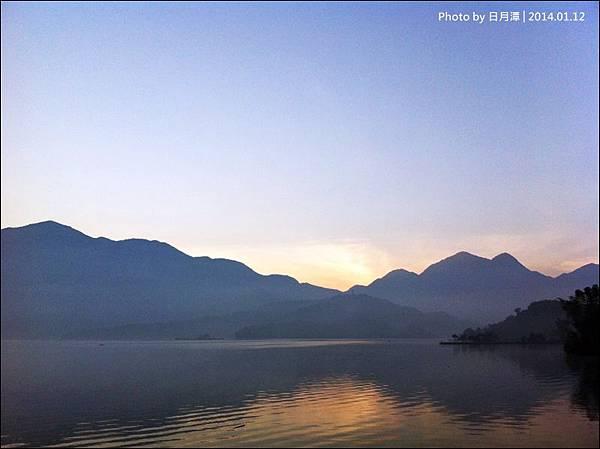 2013日月潭環湖IMG_2339-40.jpg