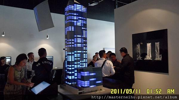 美西豪宅第一高樓_SFO千禧_現場模型02.JPG