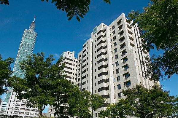 奢侈稅兩年閉鎖期結束,投資客2013年尋求解套。
