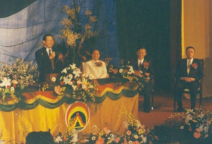 當時來賓謝長廷先生發表他對修行的看法,也很肯定妙天禪師弘揚印心佛法對社會的貢獻