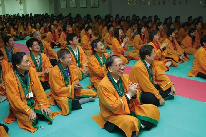 禪教會會員聆聽李嗣涔博士精彩的演講