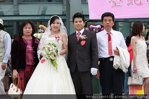 IMG_0575新娘秘書&自助婚紗—100年10月10日-怡婷+京威-百年好合