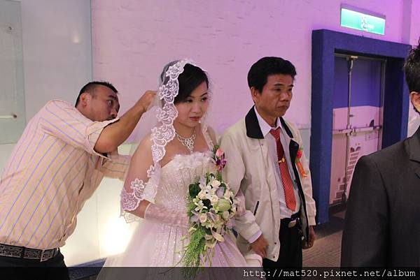 IMG_0671新娘秘書&自助婚紗—100年10月10日-怡婷+京威-百年好合