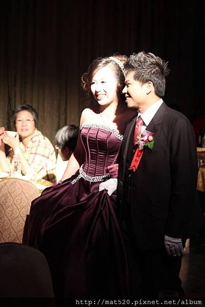 新娘秘書&自助婚紗—100年10月10日-怡婷+京威-百年好合