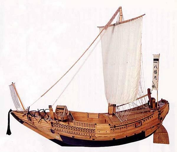 北前船復原圖----據說可載千石貨物