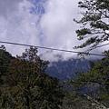 若沒有被雲遮住,是可以看到主峰和北稜角