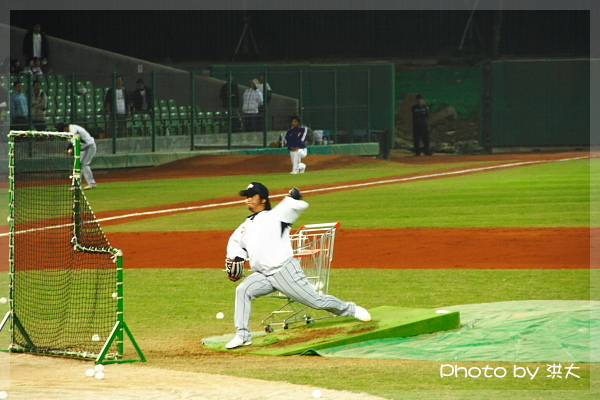 日本隊投手練投中