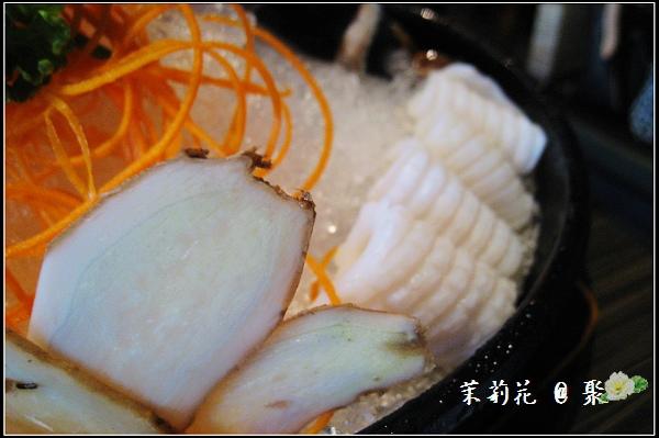 魚肉片、蛤蜊及花枝