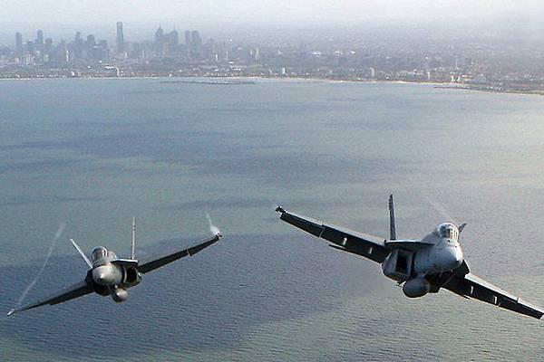 08-airshow.jpg