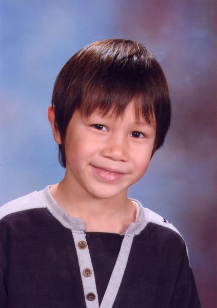 學校11月底拍的肖像照